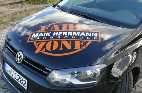 Fahrzone-Fahrzeugbeschriftung-940x619