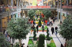 Paradiesapfel Potsdamer Platz Arkaden Mall