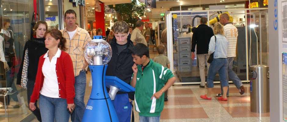 Roboter-Mobiler-Ausstellungsrobot-940x400